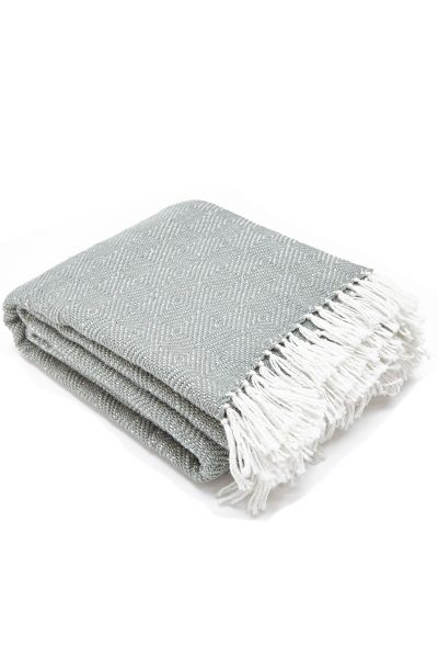 Weaver Greeen = Diamond Dove grey blanket