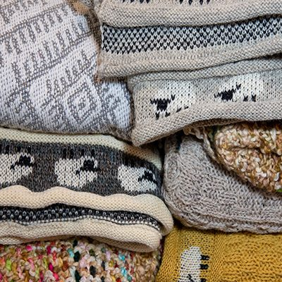 Throws & Blankets
