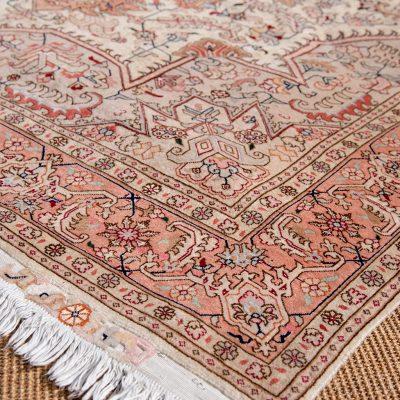 Part Silk Tabriz
